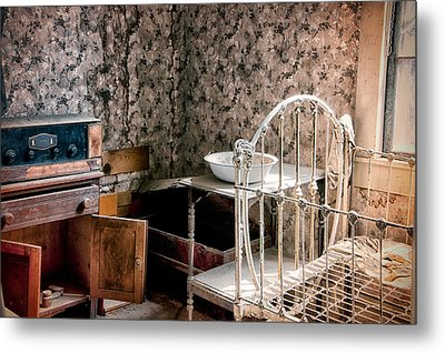 Johl House Metal Print by Cat Connor