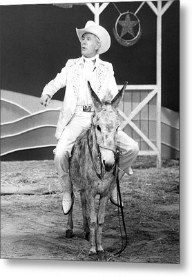 Johnny Carson In The Tonight Show Starring Johnny Carson  Metal Print by Silver Screen