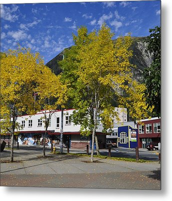 Juneau In The Fall Metal Print by Cathy Mahnke