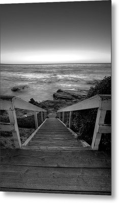 Just Steps To The Sea    Black And White Metal Print by Peter Tellone