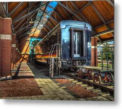 Metal Print featuring the photograph Kansas City Southern by Ross Henton