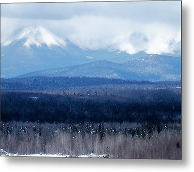 Metal Print featuring the photograph Katahdin Snow by Gene Cyr