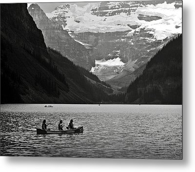 Kayak On Lake Louise Metal Print