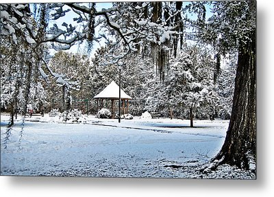 Kellahan Park Metal Print by Linda Brown