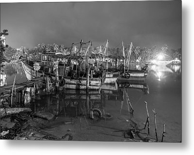 Metal Print featuring the photograph Kerala Night Dock by Sonny Marcyan
