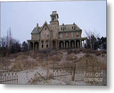 Kettle Point Manor Metal Print by Tom Straub