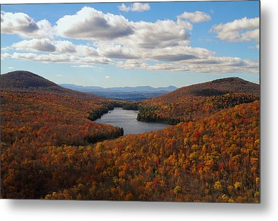 Kettle Pond At Owls Head In Autumn Metal Print