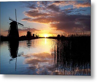 Kinderdijk Sunrise Metal Print by Dave Bowman