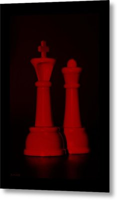 King And Queen In Red Metal Print by Rob Hans