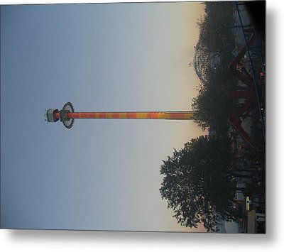 Kings Dominion - Drop Tower - 01131 Metal Print