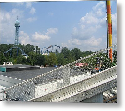 Kings Dominion - Shockwave - 01131 Metal Print by DC Photographer
