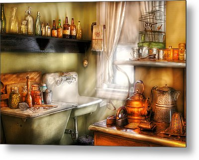 Kitchen - Momma's Kitchen  Metal Print by Mike Savad