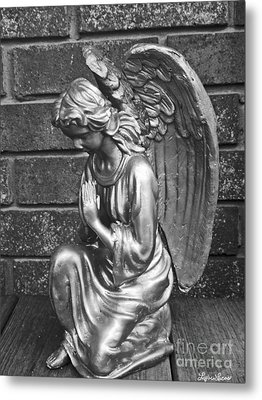 Kneeling Angel Metal Print