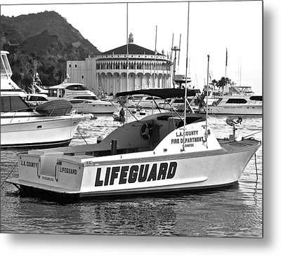 L A County Lifeguard Boat B W Metal Print by Jeff Gater