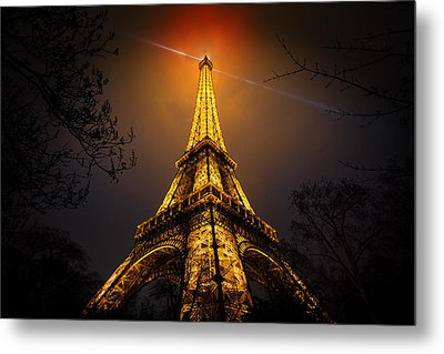 La Tour Eiffel Metal Print by Clemens Geiger
