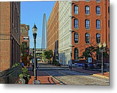 Laclede's Landing Just North Of The Arch Metal Print by Greg Kluempers