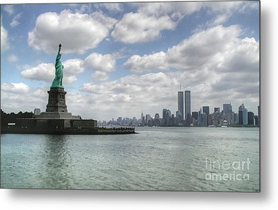 Lady Liberty And New York Twin Towers Metal Print