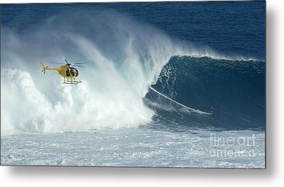 Laird Hamilton Going Left At Jaws Metal Print