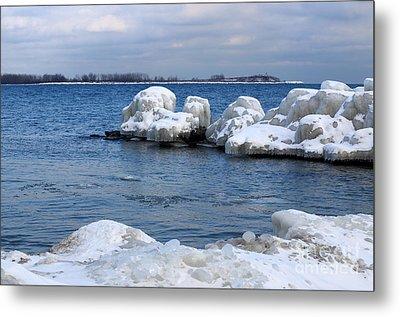 Lake Ontario Icebergs Metal Print