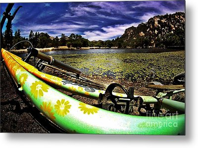 Lakeside Cruzzz Metal Print by Scott Allison