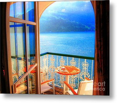 Metal Print featuring the photograph Lakeside Morning Light by Andreas Thust