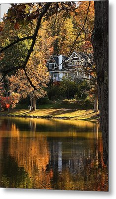 Lakeside Reflects... Metal Print by Tammy Schneider