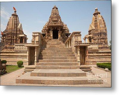 Lakshmana Temple, India Metal Print by Bernd Rohrschneider