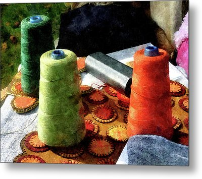 Large Spools Of Thread Metal Print by Susan Savad