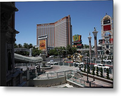 Las Vegas - Treasure Island - 12122 Metal Print by DC Photographer