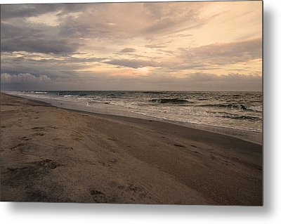 Last Minutes Of The Day Metal Print by Betsy Knapp