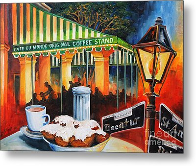 Late At Cafe Du Monde Metal Print by Diane Millsap