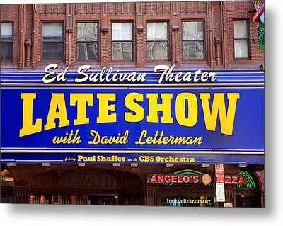 Late Show New York Metal Print by Valentino Visentini