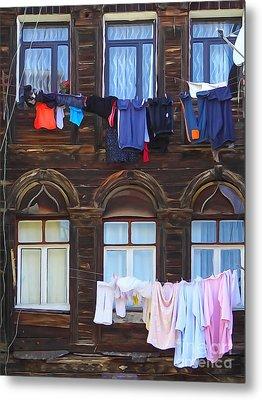 Laundry Istanbul Metal Print by Lutz Baar