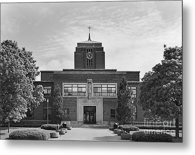 Le Moyne College Grewen Hall Metal Print by University Icons