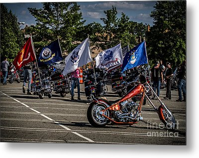 Leading The Way Metal Print by Eleanor Abramson
