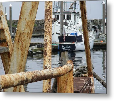 Metal Print featuring the photograph Lealea In Harbor by Laura  Wong-Rose
