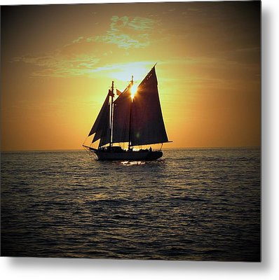 Sailing At Sunset Metal Print by Gary Smith