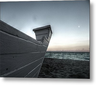 Let's Sail To The Moon Metal Print by Richard Reeve