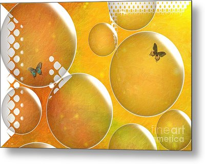 Life In A Bubble   Metal Print by Liane Wright