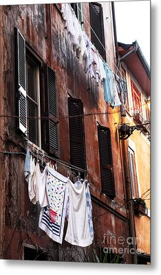 Life In Trastevere Metal Print by John Rizzuto