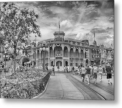 Metal Print featuring the photograph Life On Main Street by Howard Salmon