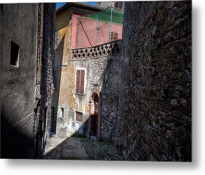 Metal Print featuring the photograph Light At The End Of The Alley by Uri Baruch