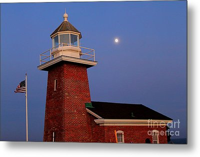 Metal Print featuring the photograph Lighthouse 7 by Theresa Ramos-DuVon