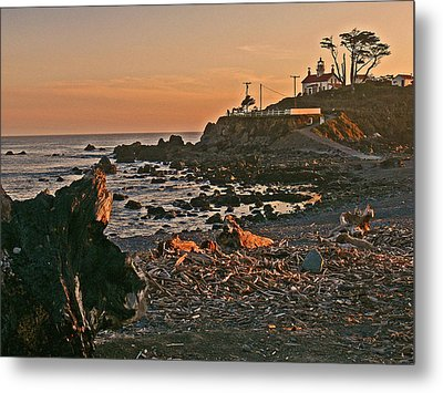 Lighthouse Sunset  Metal Print by Gracia  Molloy