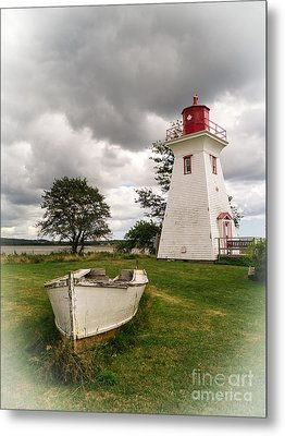 Lighthouse Victoria By The Sea Pei Metal Print by Edward Fielding