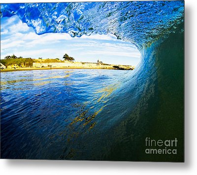 Metal Print featuring the photograph Lighthouse Wave 1 by Paul Topp