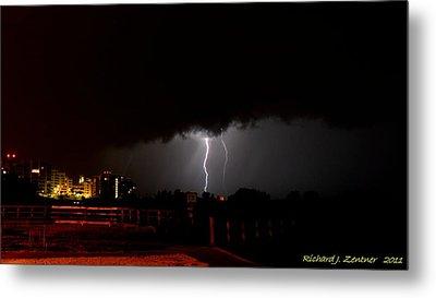 Lightning 10 Metal Print by Richard Zentner