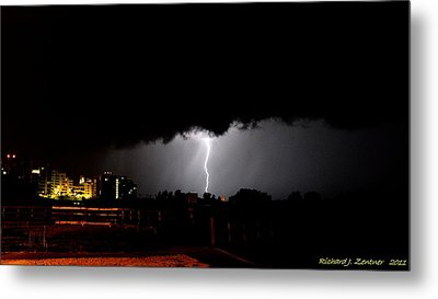 Metal Print featuring the photograph Lightning 11 by Richard Zentner