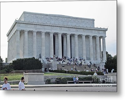Metal Print featuring the photograph Lincoln Memorial 2 by Tom Doud