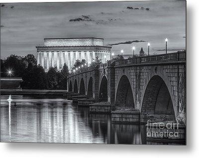 Lincoln Memorial And Arlington Memorial Bridge At Dawn II Metal Print